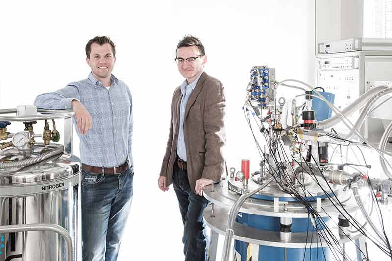 UNSW engineers create complete design for quantum computer chip using standard silicon technology