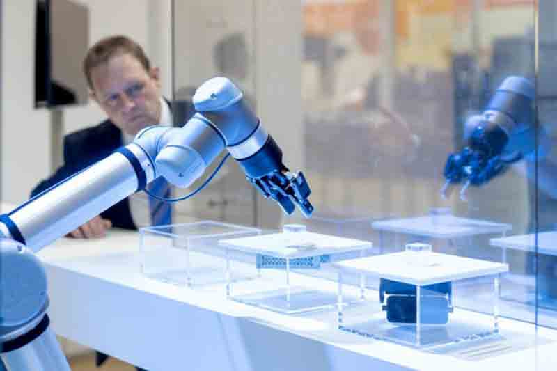 Singapore forges partnerships at the world's largest industrial technology trade show in Germany