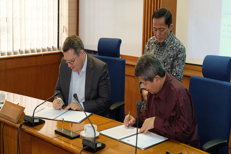 Institut Teknologi Bandung signs MoU to develop bio-energy combined with carbon capture storage